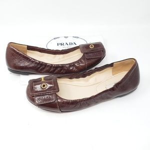 💯 Authentic Prada Brown Leather Flats